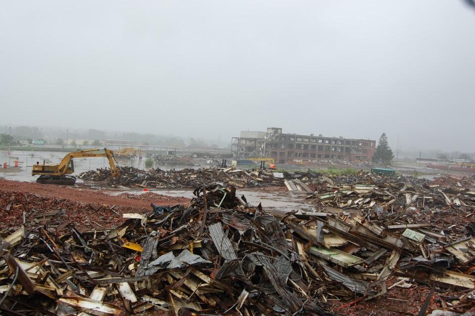 7-21-09  GE destruction 021